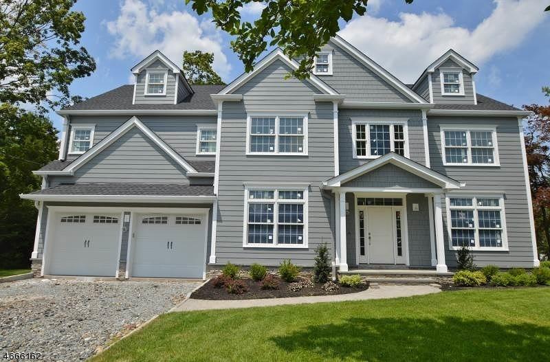 Частный односемейный дом для того Продажа на 11 Tucker Street Florham Park, 07932 Соединенные Штаты