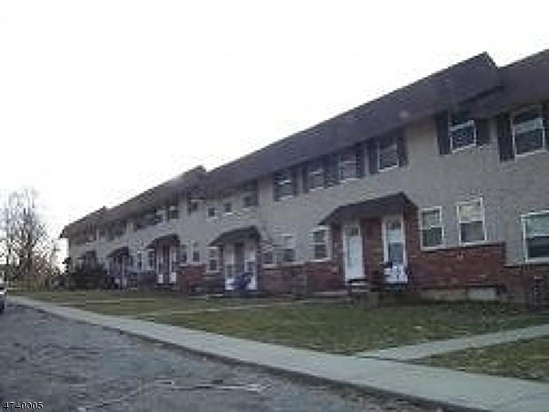Частный односемейный дом для того Аренда на 62 King Cole Road Hamburg, Нью-Джерси 07419 Соединенные Штаты