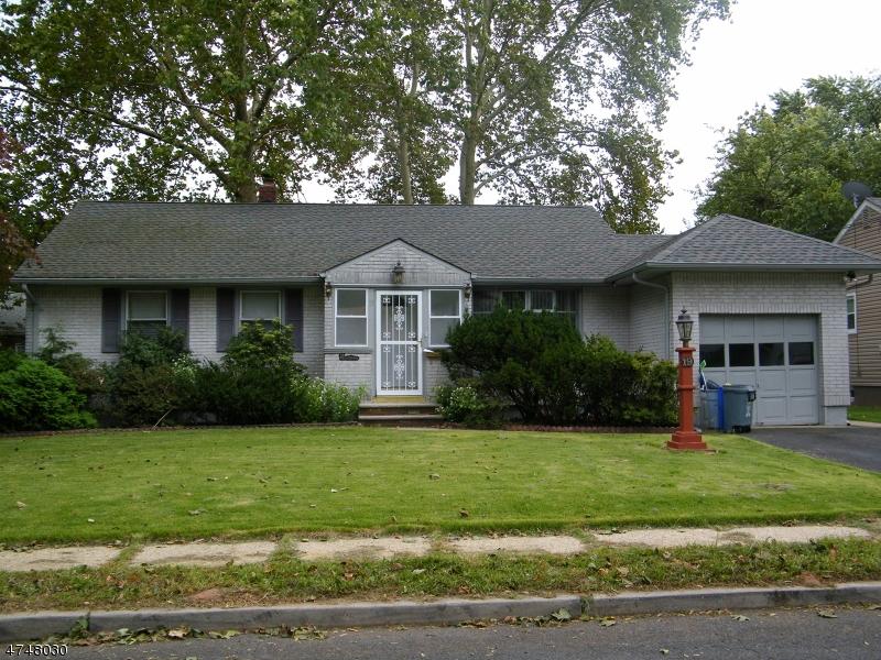 Maison unifamiliale pour l à louer à 19 Warwick Road Hillside, New Jersey 07205 États-Unis