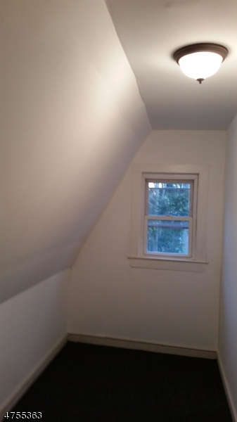 Additional photo for property listing at 182 N 16th Street  East Orange, 新泽西州 07017 美国