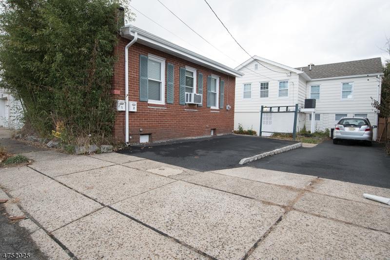 Maison unifamiliale pour l à louer à Address Not Available Little Falls, New Jersey 07424 États-Unis