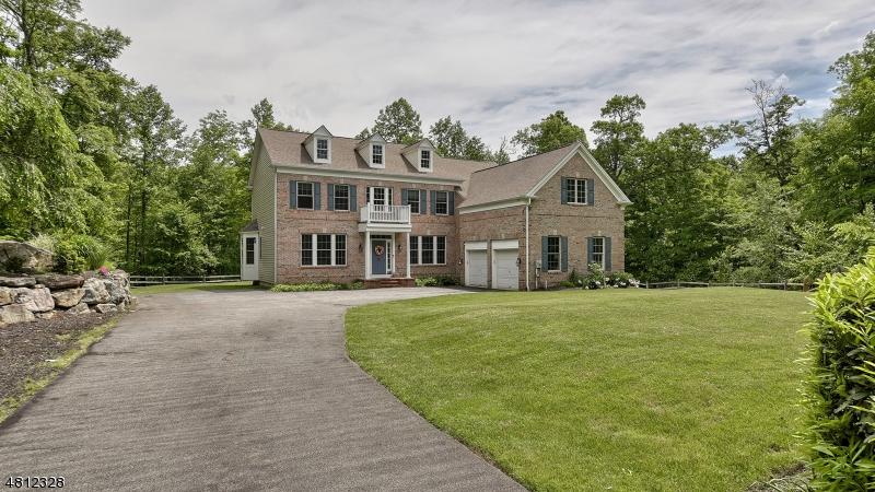 独户住宅 为 销售 在 30 MONKSVILLE Court 令伍特, 新泽西州 07456 美国