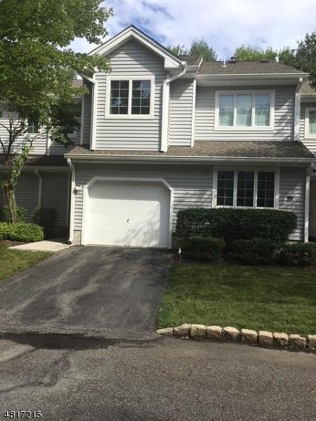 Condo / Townhouse pour l à louer à 57 DAVENPORT Road Montville, New Jersey 07045 États-Unis