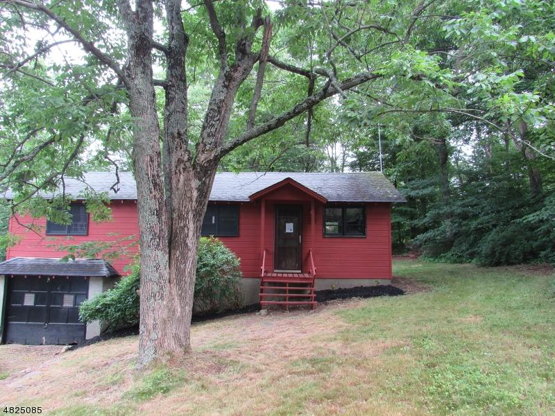 Частный односемейный дом для того Продажа на 225 WACONIA Road Vernon, Нью-Джерси 07422 Соединенные Штаты