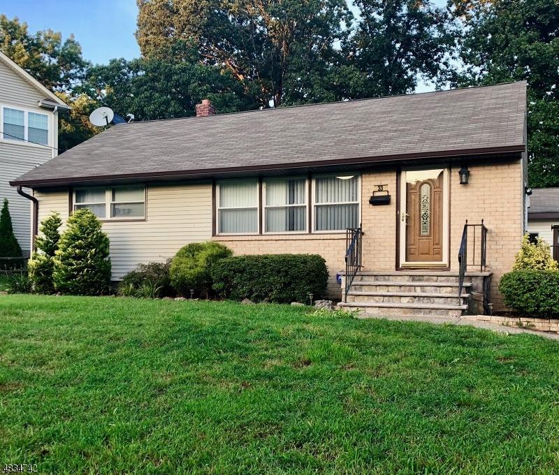 独户住宅 为 出租 在 33 ALYSON Place 布鲁姆菲尔德, 新泽西州 07003 美国