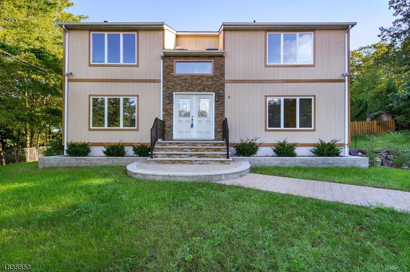 独户住宅 为 销售 在 5 ESTERVILLE Court 西米尔福德, 新泽西州 07421 美国