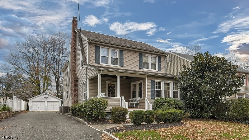 Single Family Home for Sale at 16 LINDEN Avenue Verona, New Jersey 07044 United States