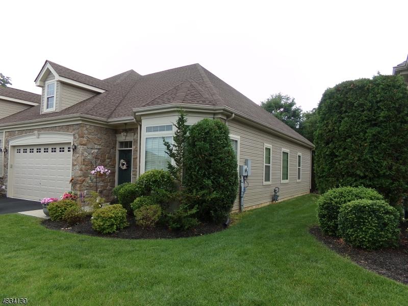 Casa Unifamiliar por un Venta en 605 EDWARD Street Lopatcong, Nueva Jersey 08865 Estados Unidos
