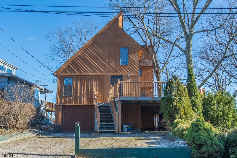 Villa per Vendita alle ore 29 QUIGLEY Road West Milford, New Jersey 07421 Stati Uniti