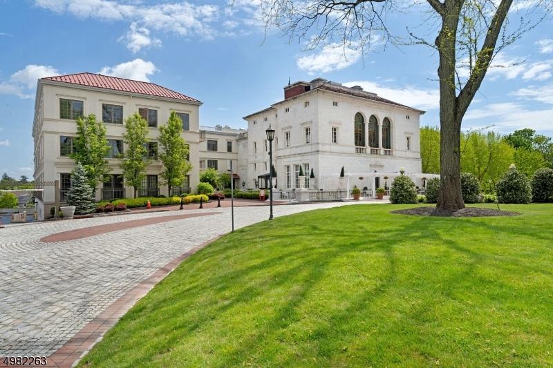 公寓 / 联排别墅 为 销售 在 莫里斯敦, 新泽西州 07960 美国