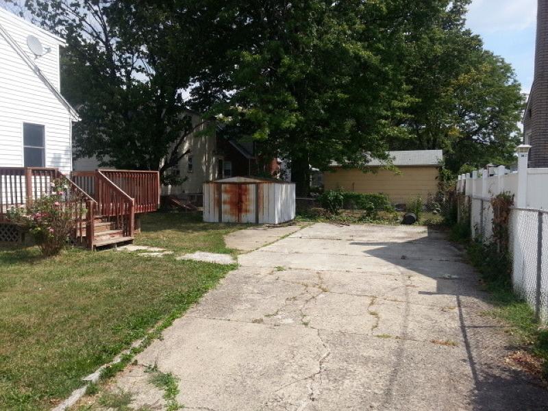 Additional photo for property listing at 819 Carnegie Street  Linden, Nueva Jersey 07036 Estados Unidos