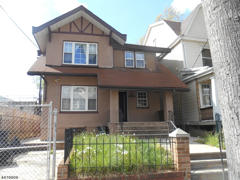 Multi-Family Home for Sale at 1059 Hunterdon Street Newark, New Jersey 07112 United States