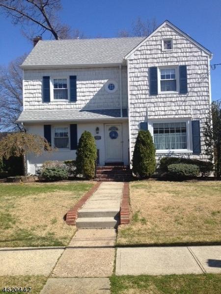 Maison unifamiliale pour l Vente à 221 Elmwood Ter Linden, New Jersey 07036 États-Unis