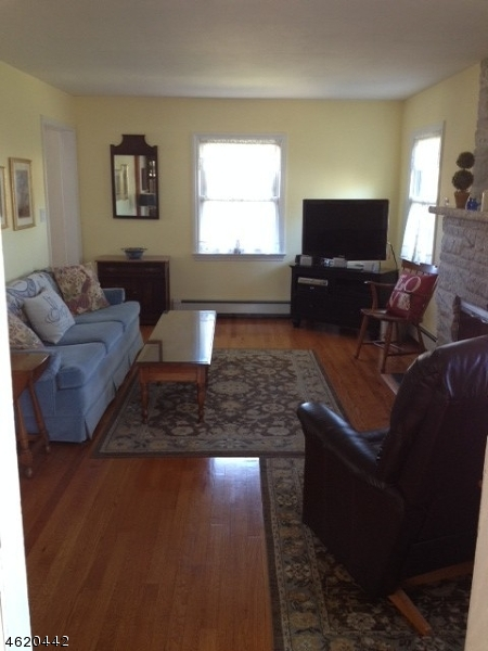 Additional photo for property listing at 221 Elmwood Ter  Linden, New Jersey 07036 United States