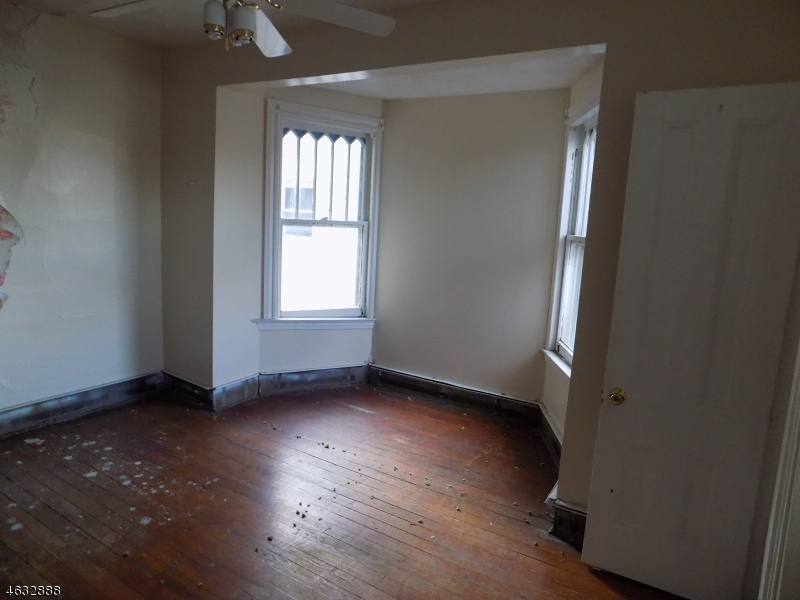 Additional photo for property listing at 50-52 CHERRY Street  Elizabeth, New Jersey 07202 United States