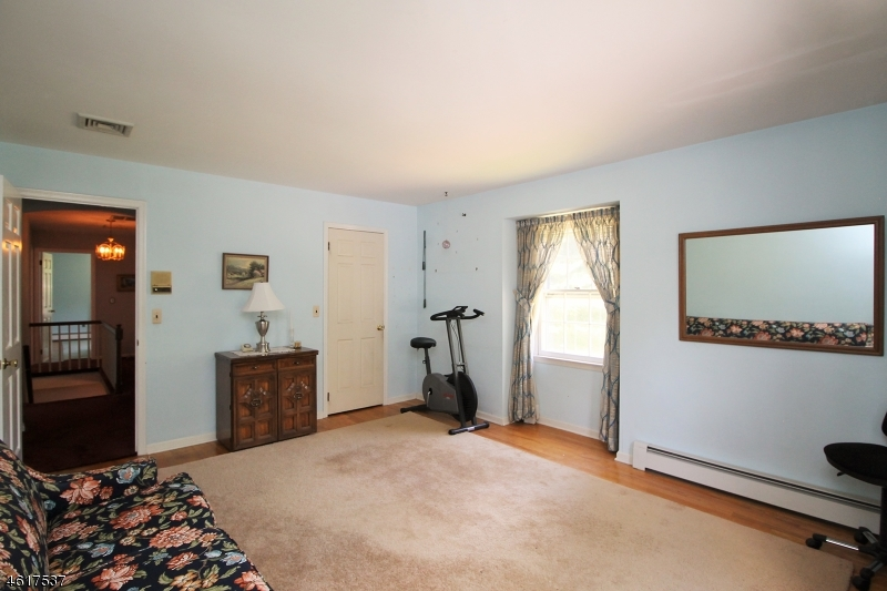 Additional photo for property listing at 6 Ironia Road  Chester, New Jersey 07930 United States