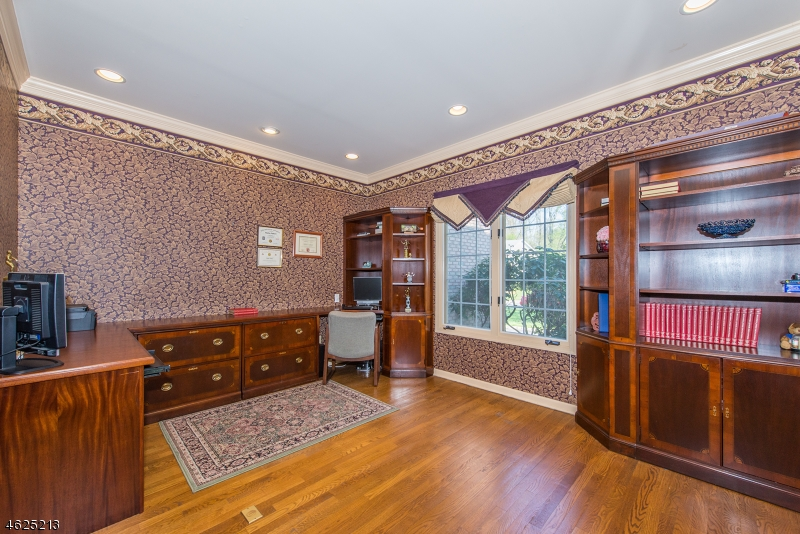 Additional photo for property listing at 46 Canterbury Road  Denville, 新泽西州 07834 美国