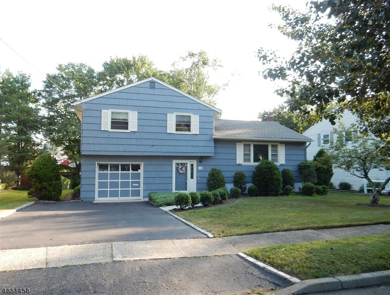 Additional photo for property listing at 46 Ann Street  Verona, New Jersey 07044 United States