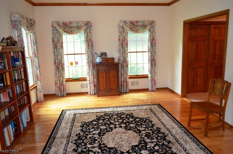 Additional photo for property listing at 69 Old Mountain Road  Lebanon, New Jersey 08833 United States