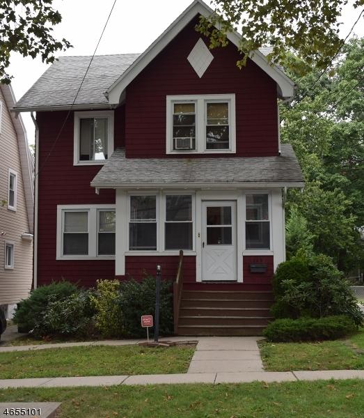 多户住宅 为 销售 在 106 Ashland Avenue 布鲁姆菲尔德, 新泽西州 07003 美国