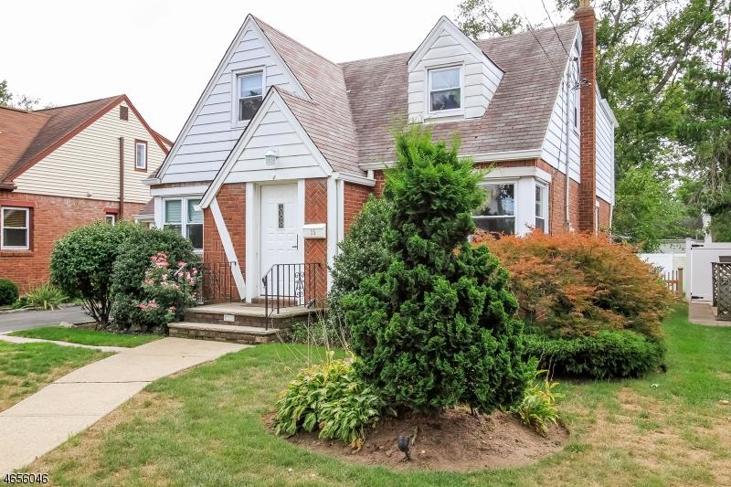 Maison unifamiliale pour l à louer à 15 Dunn Place Dumont, New Jersey 07628 États-Unis