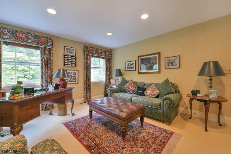Additional photo for property listing at 288 UP MOUNTAIN Avenue  Montclair, Nueva Jersey 07043 Estados Unidos