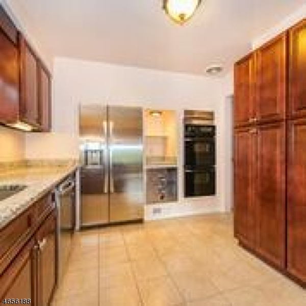 Additional photo for property listing at 312 Harding Drive  South Orange, Нью-Джерси 07079 Соединенные Штаты