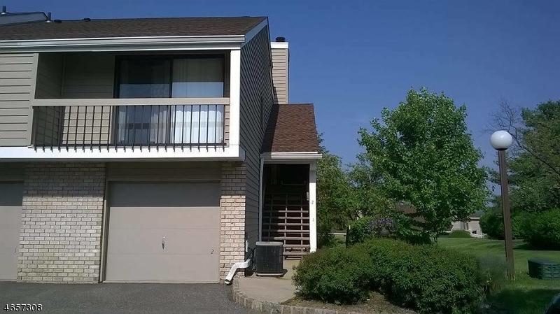 Casa Unifamiliar por un Alquiler en 2 Crossway Clinton, Nueva Jersey 08809 Estados Unidos