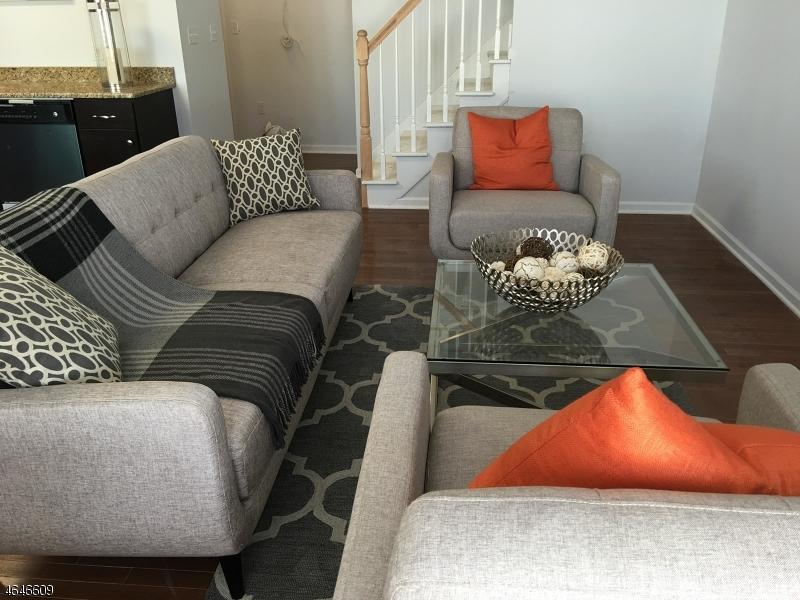 Casa Unifamiliar por un Venta en 10 Orange Street Bloomfield, Nueva Jersey 07003 Estados Unidos