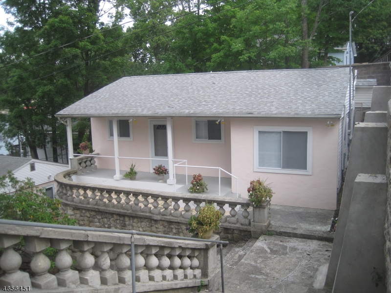 Single Family Home for Sale at 431 LAKESIDE UNIT 1 Hopatcong, New Jersey 07843 United States