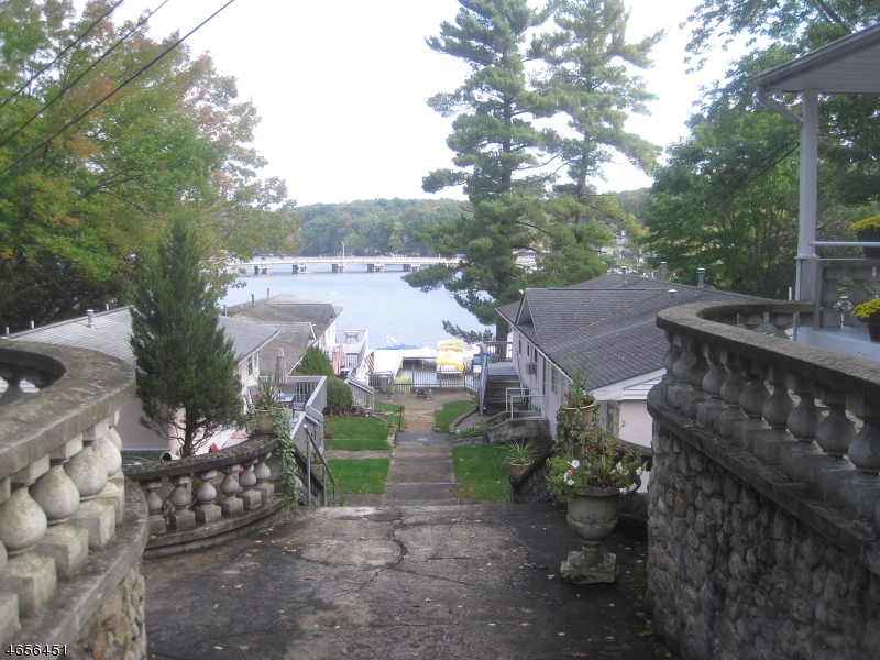Additional photo for property listing at 431 LAKESIDE UNIT 1  Hopatcong, New Jersey 07843 United States