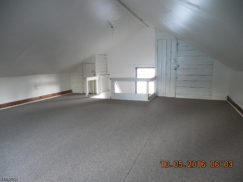 Additional photo for property listing at 25-27 LONGFELLOW Avenue  Newark, Нью-Джерси 07106 Соединенные Штаты