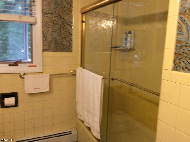 Additional photo for property listing at Address Not Available  Fairfield, 新泽西州 07004 美国