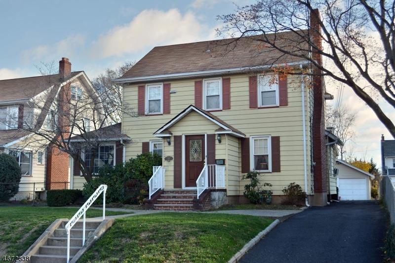 Многосемейный дом для того Продажа на 101 Bamford Avenue Hawthorne, 07506 Соединенные Штаты