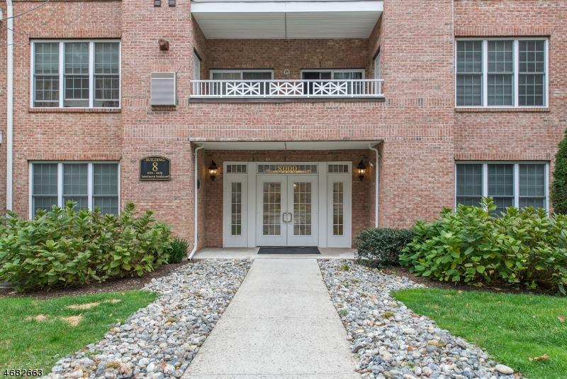 Частный односемейный дом для того Продажа на 8204 Sanctuary Blvd Riverdale, 07457 Соединенные Штаты