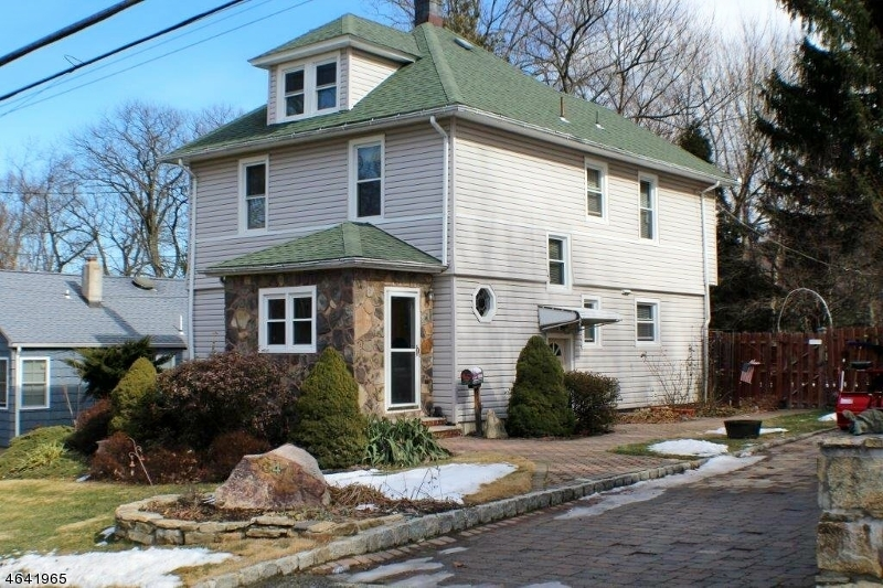 Additional photo for property listing at 34 Clark Street  Mine Hill, Nueva Jersey 07803 Estados Unidos