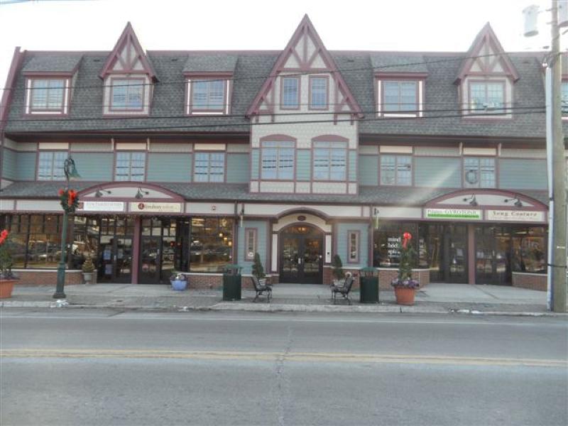 Casa Unifamiliar por un Alquiler en 230 South Avenue Fanwood, Nueva Jersey 07023 Estados Unidos