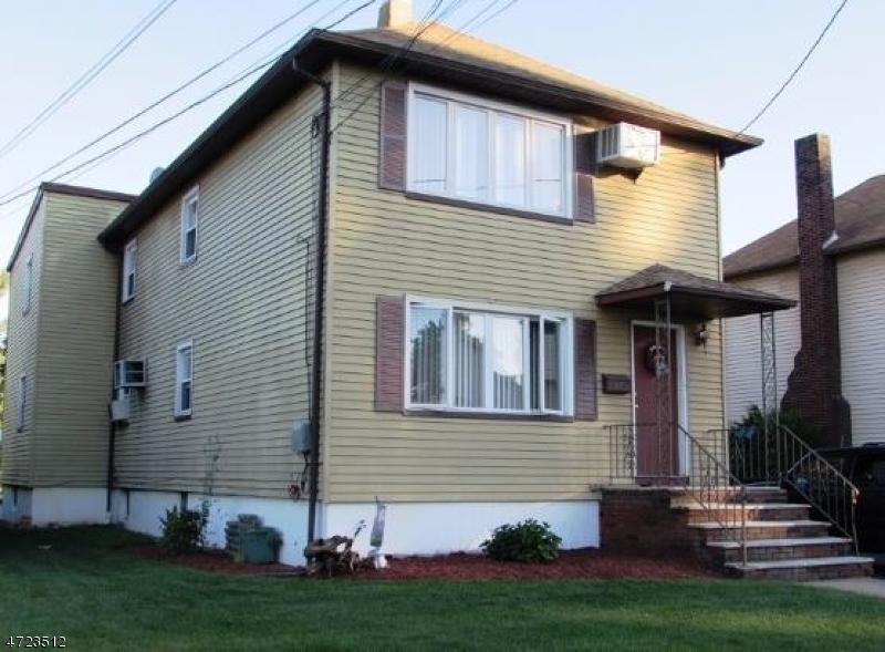 Частный односемейный дом для того Аренда на 112 Franklin Street Elmwood Park, Нью-Джерси 07407 Соединенные Штаты