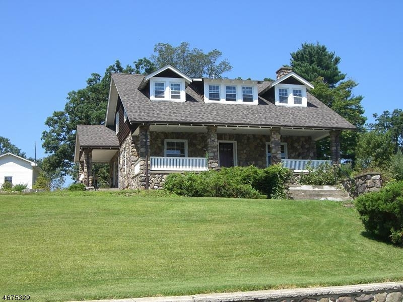 Single Family Home for Sale at 1913 Greenwood Lake Tpke , West Milford, 07421 United States