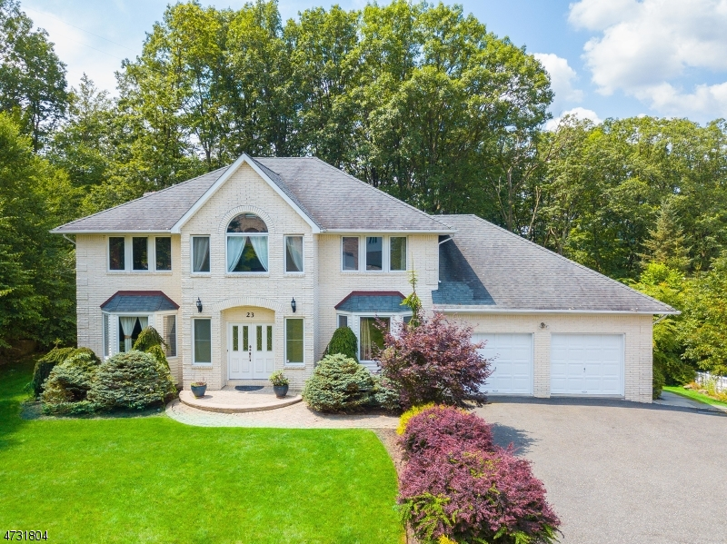 Single Family Home for Sale at 23 Battle Ridge Road 23 Battle Ridge Road Parsippany, New Jersey 07950 United States