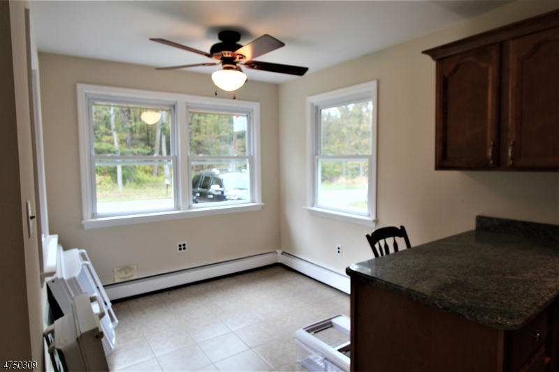 Additional photo for property listing at 55 Old Croton Road 55 Old Croton Road Raritan Township, New Jersey 08822 Vereinigte Staaten