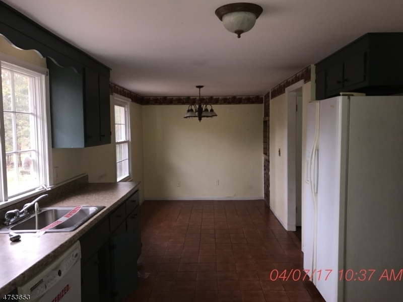 Additional photo for property listing at 75 Bald Eagle Road  Allamuchy, New Jersey 07840 États-Unis