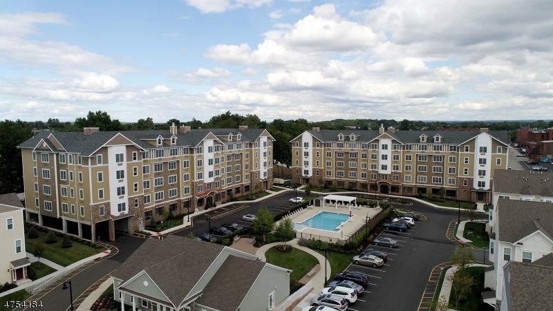 独户住宅 为 出租 在 200 Autumn Lane Garfield, 新泽西州 07026 美国