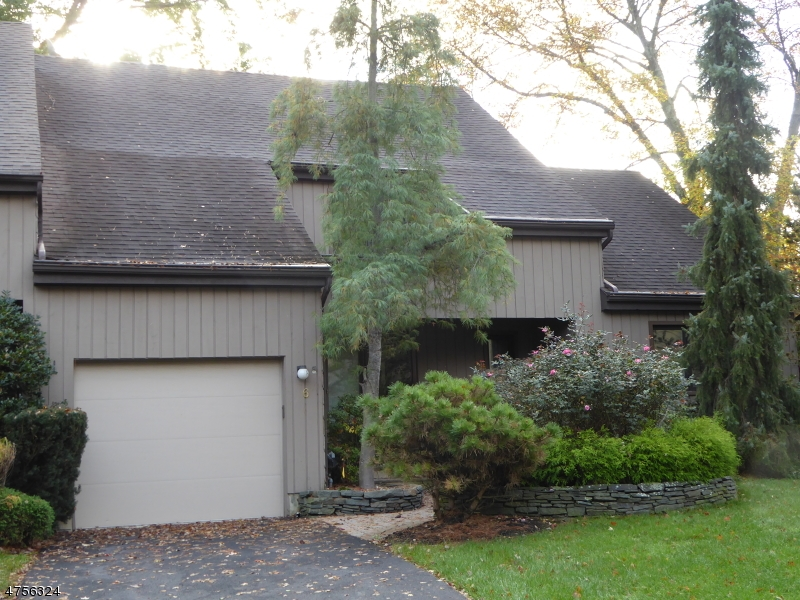Casa Unifamiliar por un Alquiler en 6 Carla Court Morristown, Nueva Jersey 07960 Estados Unidos