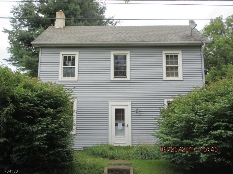 Частный односемейный дом для того Продажа на 365 Old Main Street Franklin, Нью-Джерси 08802 Соединенные Штаты