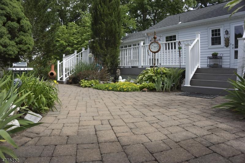 Casa Unifamiliar por un Venta en 235 Darlington Avenue Ramsey, Nueva Jersey 07446 Estados Unidos