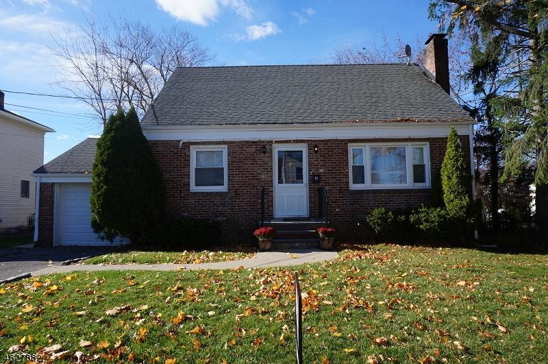 Частный односемейный дом для того Аренда на 5 East Street Madison, Нью-Джерси 07940 Соединенные Штаты