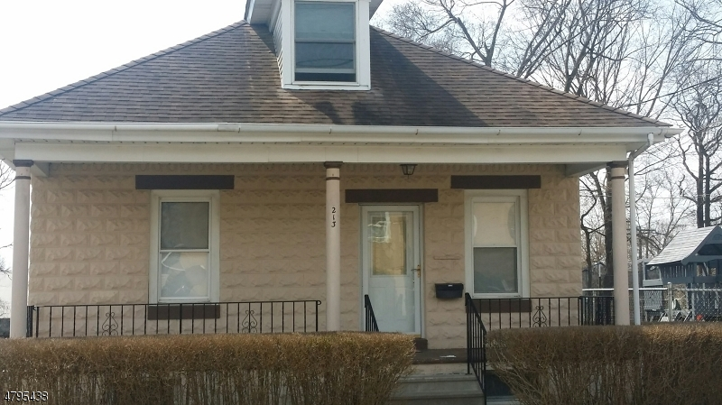 Κτίριο με ξεχωριστά διαμερίσματα για πολλές οικογένειες για την Πώληση στο 213 E Central Avenue Alpha, Νιου Τζερσεϋ 08865 Ηνωμενεσ Πολιτειεσ