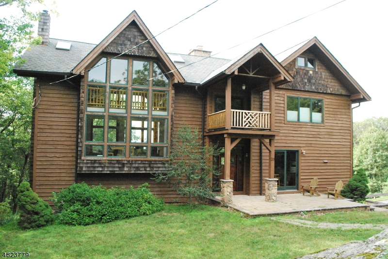Single Family Home for Sale at 23 HIDDEN VALLEY DR Vernon, New Jersey 07462 United States
