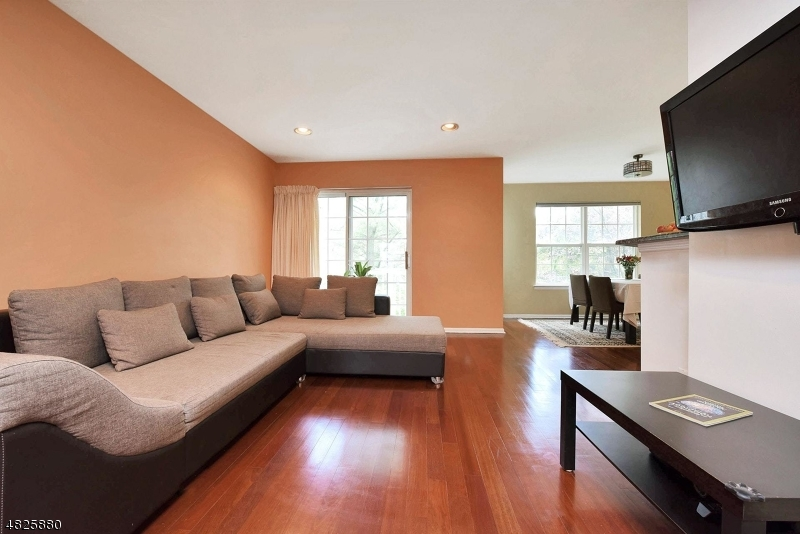 Condo / Townhouse for Sale at 1112 WORTHINGTON Court Denville, New Jersey 07834 United States